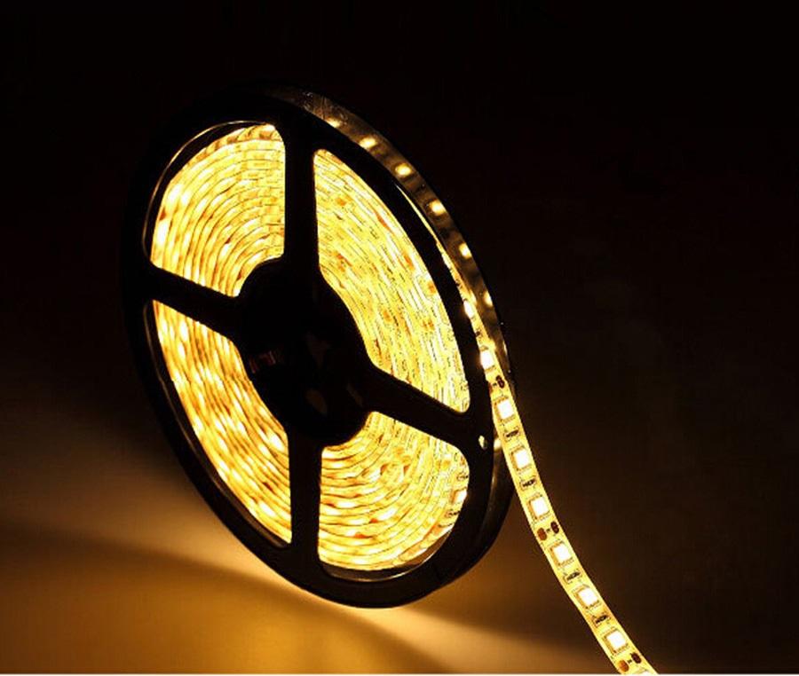 Kit banda LED 5m, lumina calda, 60 led/m, 220V + controller